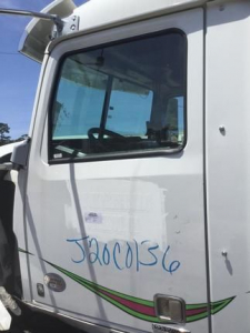 View WESTERN STAR 5700XE - Listing #1066657