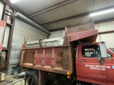 1989 FORD F800 Specialty Truck Bodies