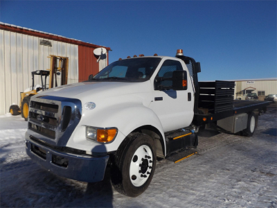 View 2015 FORD F650 - Listing #1114148