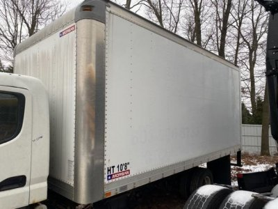 2005 MITSUBISHI FE83D Specialty Truck Bodies