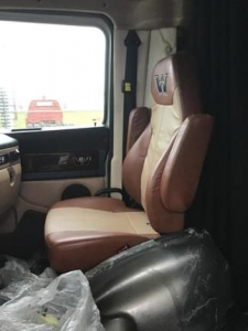View WESTERN STAR 5700XE - Listing #928256