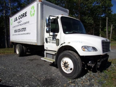 View FREIGHTLINER M2 106 - Listing #932170
