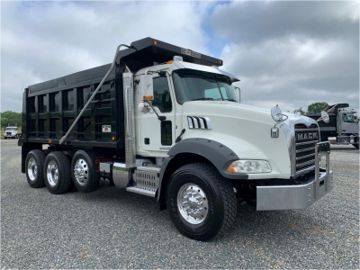 2017 MACK GRANITE GU813 Dump Trucks Truck