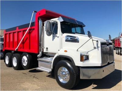 2017 WESTERN STAR 4700SB Dump Trucks Truck