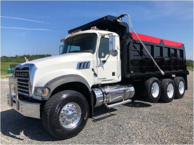 View 2011 MACK GRANITE GU713 - Listing #983309
