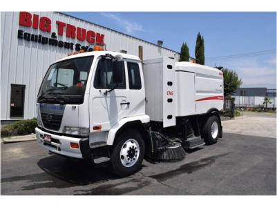 View 2009 NISSAN UD 3300 - Listing #983626