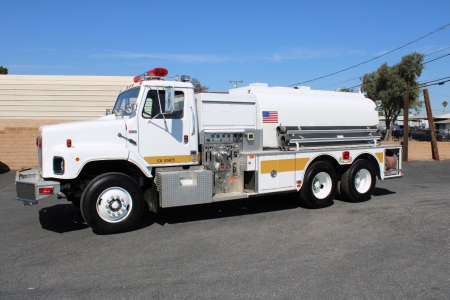 View 1988 INTERNATIONAL S2600 2,700 GAL STAINLESS - Listing #983792