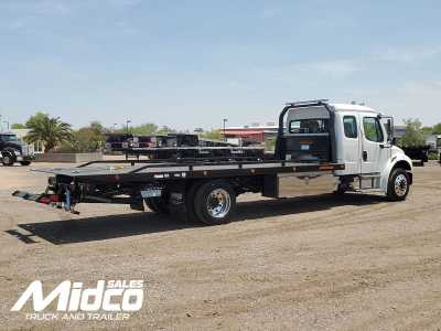 View 2022 FREIGHTLINER M2 106 CAB & CHASSIS FRAME - Listing #1448038