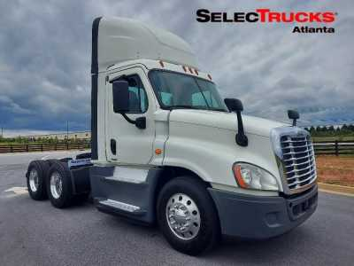 View 2017 FREIGHTLINER CASCADIA 125 - Listing #1541310