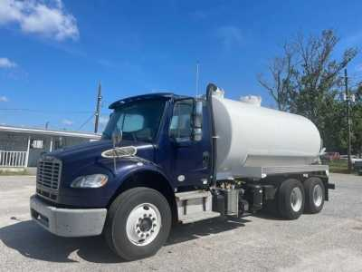 View 2012 FREIGHTLINER BUSINESS CLASS M2 112 - Listing #1578978