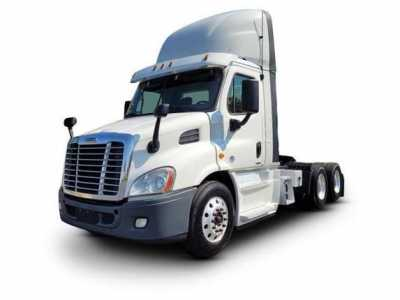 View 2016 FREIGHTLINER CASCADIA - Listing #1576716