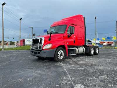 View 2018 FREIGHTLINER CASCADIA 125 - Listing #1603720