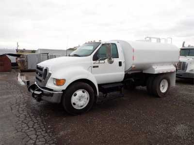 View 2004 FORD F650 - Listing #1634498